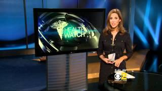 Lisa Sigell 2011/03/16 5PM CBS2 HD; Open button-down shirt