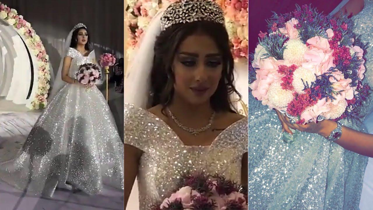 3169a51af بكاء فرح الهادي لحظه دخولها لقاعة العرس - YouTube