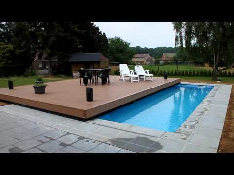 Terrasse mobile pour piscine movingfloor octavia terr for Piscine couverture mobile