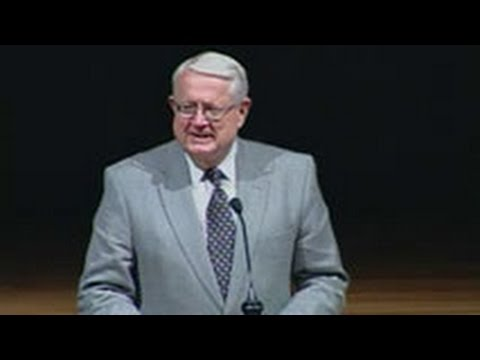 Chuck Swindoll | The Mystery of God's Will (Evening Service)