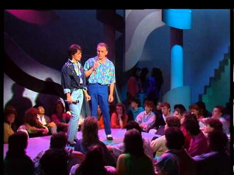 TOPPOP: Lori Spee & Gary Brooker - Two Fools In Love