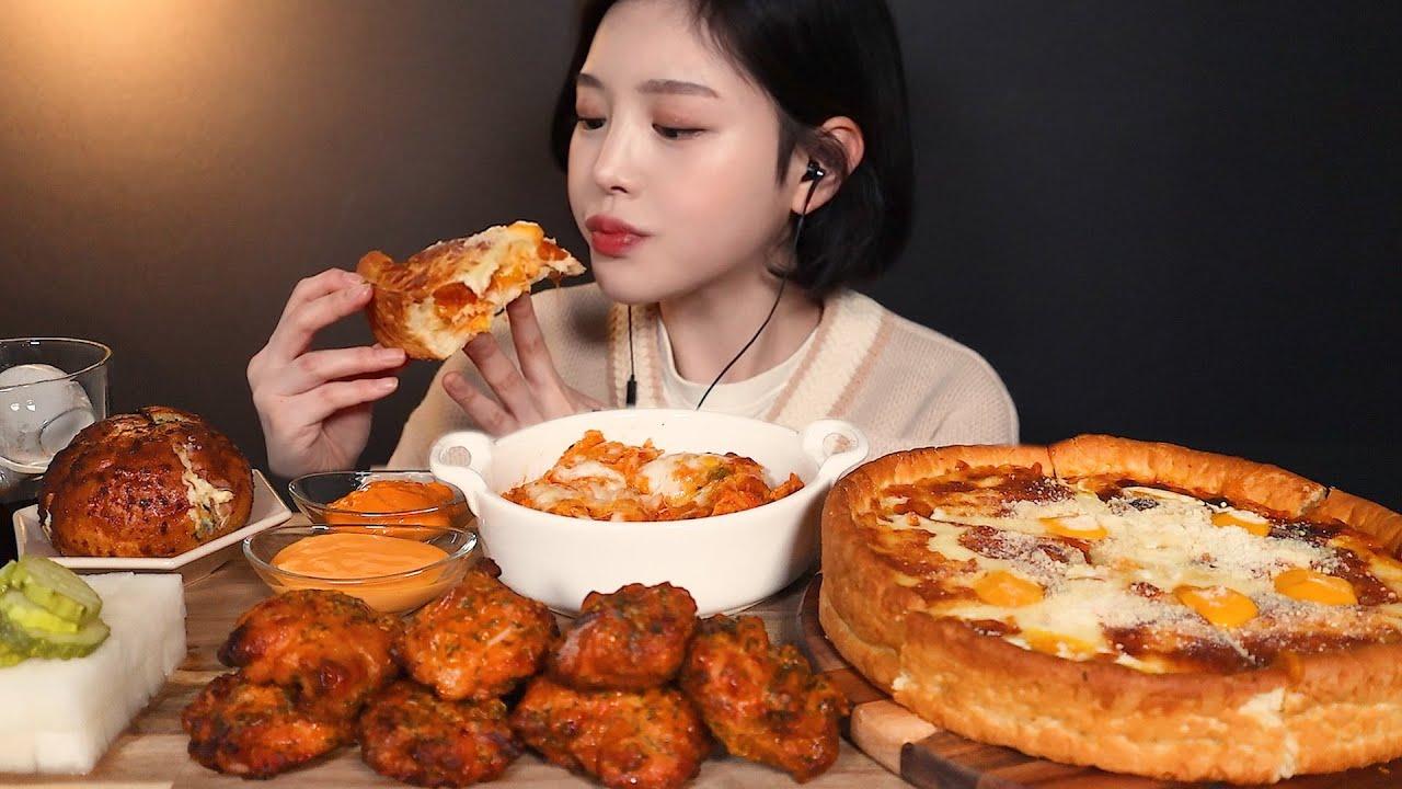 SUB[광고]굽네치킨 고추바사삭 순살에 시카고피자 볼케이노치즈치밥 먹방 🍗🍕(ft.바게트볼) chicken pizza mukbang ASMR