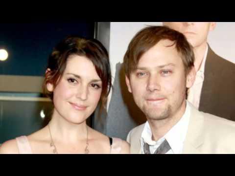Melanie Lynskey Files for Divorce