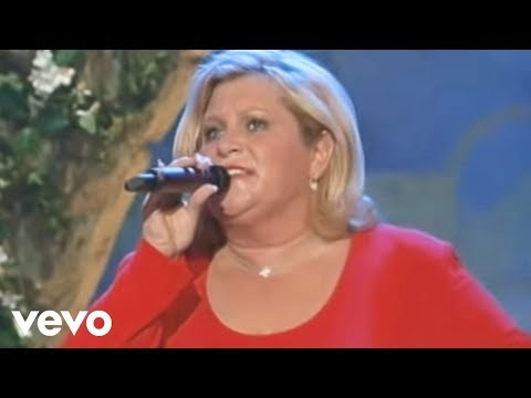 Gaither - In the Name of the Lord (Live) - YouTube