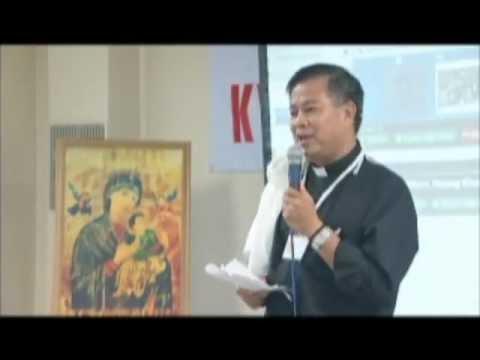 Cha Lượng khai mạc chương trình văn nghệ