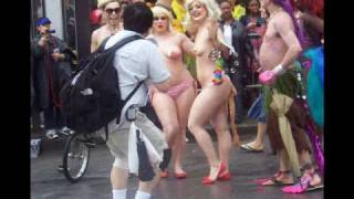 Repeat youtube video Coney Island Brooklyn Mermaid Parade, NY Part #1         June 20 2009