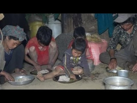 Cooking curry of mushroom and food of maize flour    Village life