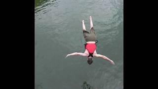 lee flipping