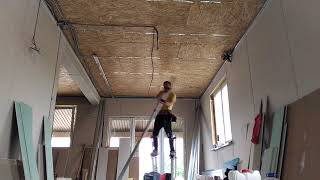 Монтаж гипсокартона в доме из сип панелей