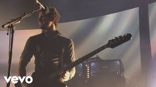 Kings Of Leon - Be Somebody (Live from iTunes Festival, London, 2013)