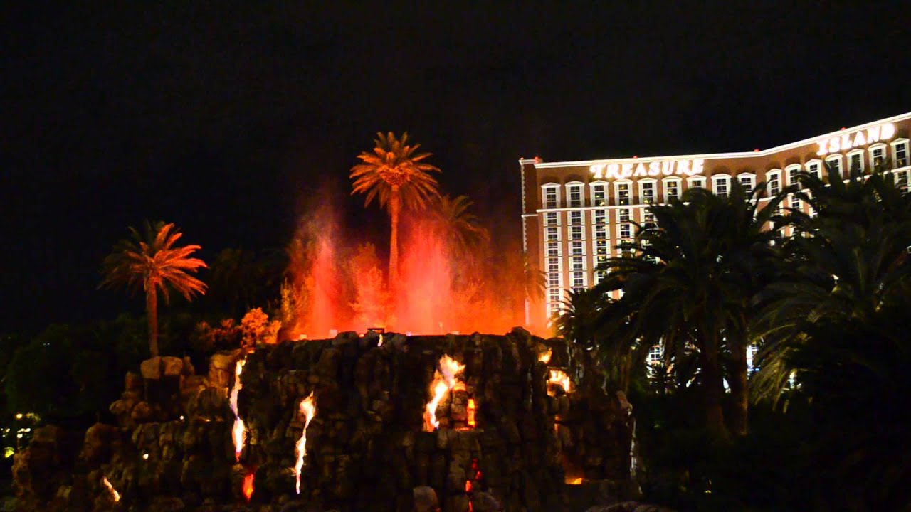 Las Vegas Treasure Island Erupting Volcano Fountains