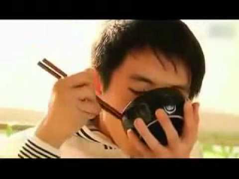 Bữa Cơm Trên Thiên Đường (video clip cảm động về Mẹ)