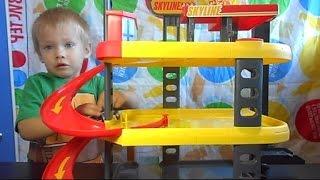 видео Купить детский гараж для машинок, многоуровневая детская парковка