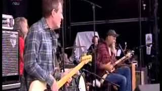 Seasick Steve & John Paul Jones At The Reading Festival  2011.mp4