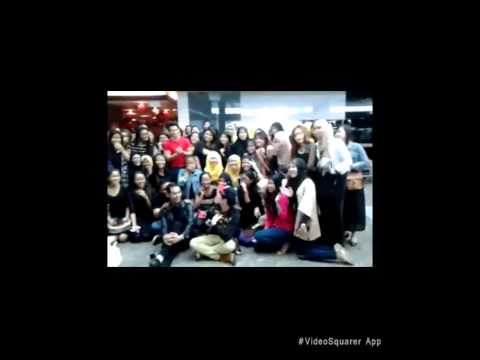 FORTEEN WITH FORTEENAGERS SG AT DEPARTURE HALL