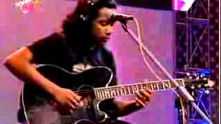 Subir Nondi Bangla Song   Ki Je Batha Baje Amar Buke Chirkut live channel 9
