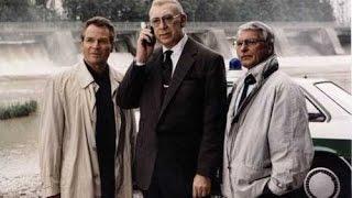 Derrick - Bosszúság a római emberrel. (1987)