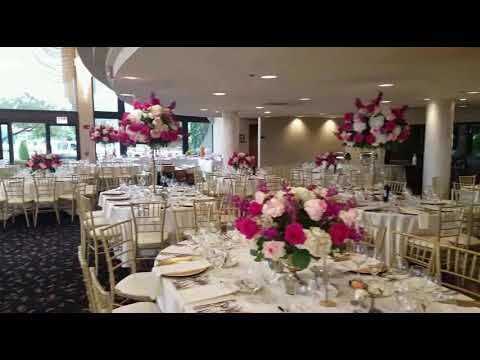Live. Stunning wedding flowers by AgA wedding and Event Decor