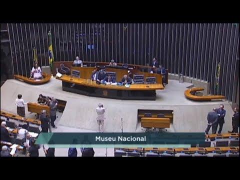 Redução do preço do óleo diesel e incêndio no Museu Nacional movimentam Plenário