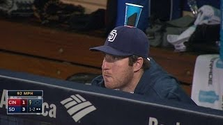 Padres' dugout HOODWINK Jedd Gyorko with cup-on-the-hat prank