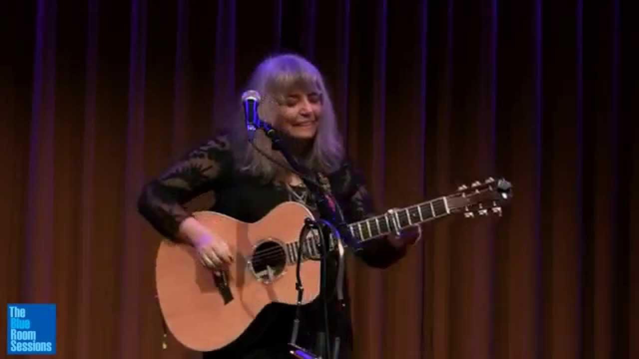 video: Lynn Miles - Save Me