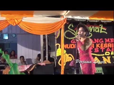 Adu Perkolong Kolong Kerja Tahun Munthe 2017