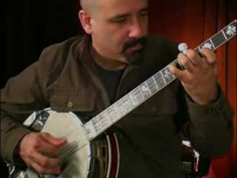 Tony Furtado Demonstrates His Banjo-Inspired Finger Picking