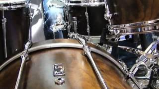 Gambar cover NAMM 2012 VIDEO: Mapex's Black Panther Retrosonic drum kit