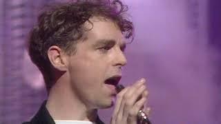 Pet Shop Boys - West End Girls (TOTP 15 12 85)
