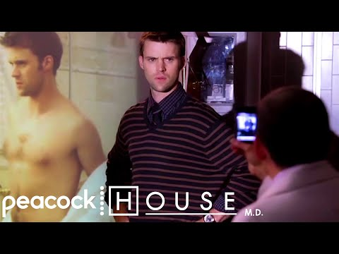 Chase Nudes Go Viral | House M.D.