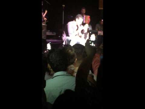Silvestre Dangond en vivo cantando