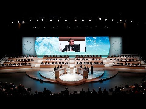 World leaders gather in Paris for climate summit