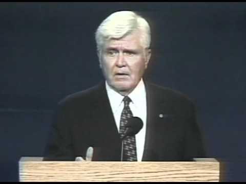 """Admiral Stockdale - 1992 VP Debate - """"Who Am I? Why Am I Here?"""""""