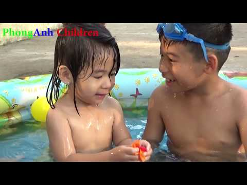 Kids ToysReview TV Fishing in the Swimming Pool Fishing Games Water Ball Games