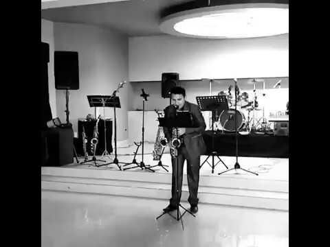 Fred Sax Saxofonista De Uruapan Michoacán México Salón Cabaña De Ruy
