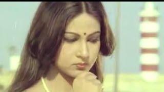 Download Hum Tum Dono - Kamal Hassan & Rati Agnihotri - Ek Duuje Ke Liye MP3 song and Music Video