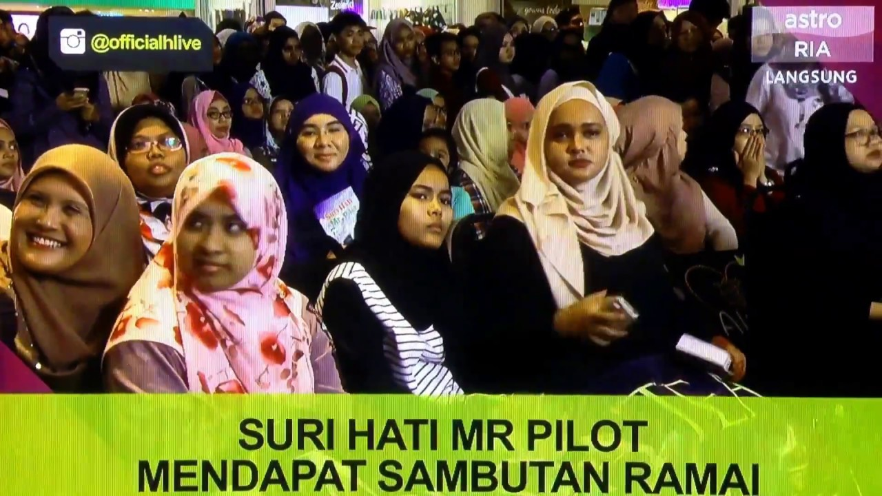 Hlive The Wave Of Suri Hati Mr Pilot Kl Meet Greet Fattah Amin Neelofa Ejaz Fakhri Warda Youtube