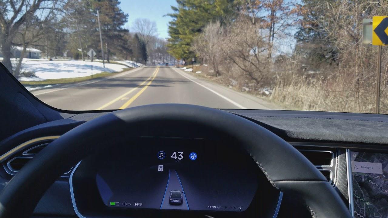 Tesla Autopilot update 10.4 (3) - YouTube