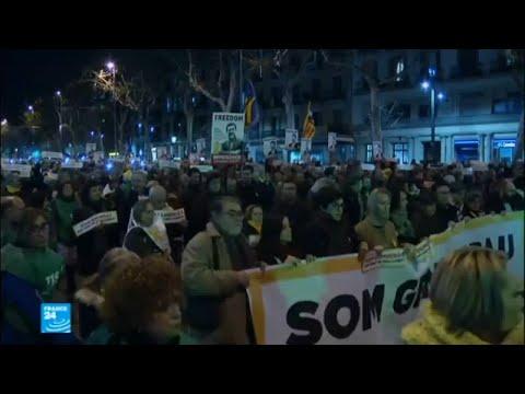 مظاهرات تطالب بإطلاق سراح المعتقلين الكتالونيين  - 16:22-2018 / 1 / 17