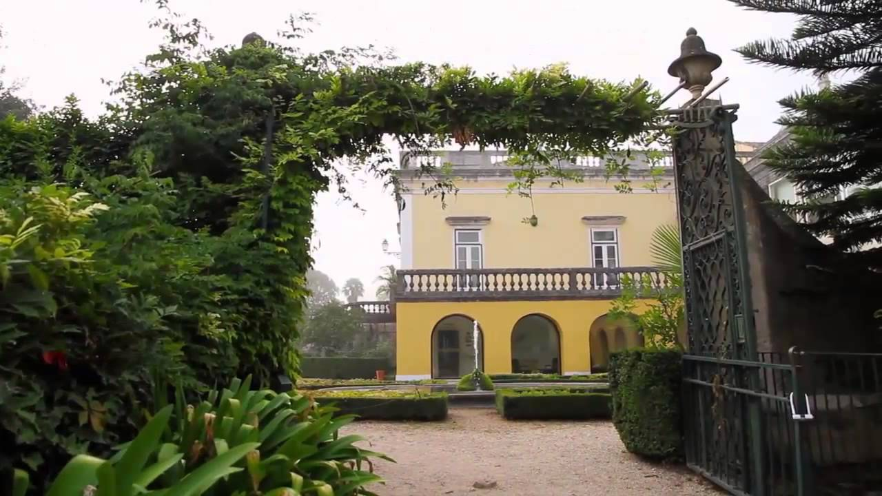 Quinta das l grimas palace in coimbra portugal small for Small hotels of the world