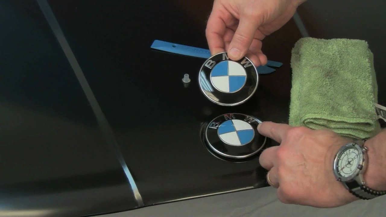 BMW Hood and Trunk Roundel Emblem Replacement  YouTube ~ Geschirrspülmaschine Front Entfernen