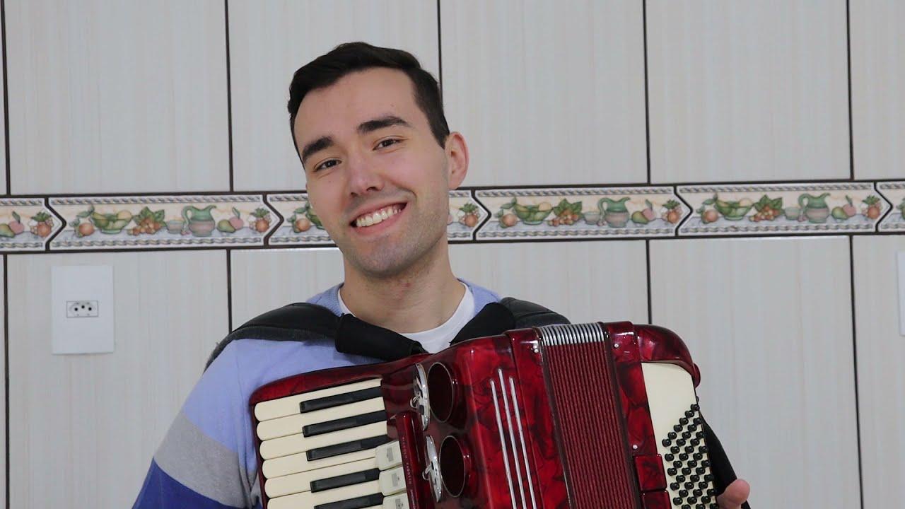 Felipinho do Acordeon toca Quarto Centenário (Mário Zan).