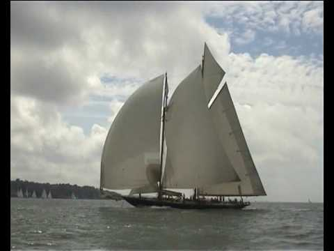 CLASSIC YACHTS AT COWES 2008