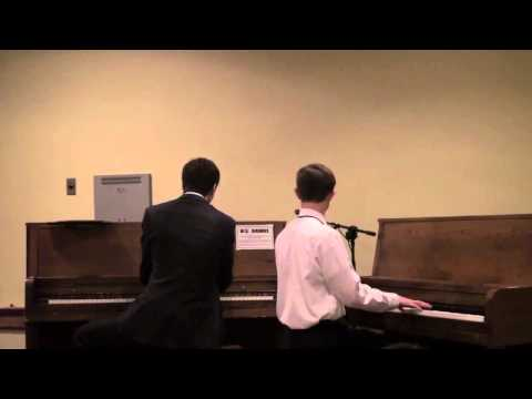 Max Keenlyside and Frank LiVolsi play the Thomas & Friends theme song