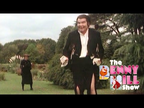Benny Hill - Wondergran Meets Dracula (1979)