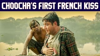 Choocha's First French Kiss | Fukrey Returns |Varun Sharma |Pulkit Samrat | Manjot Singh |Ali Faizal