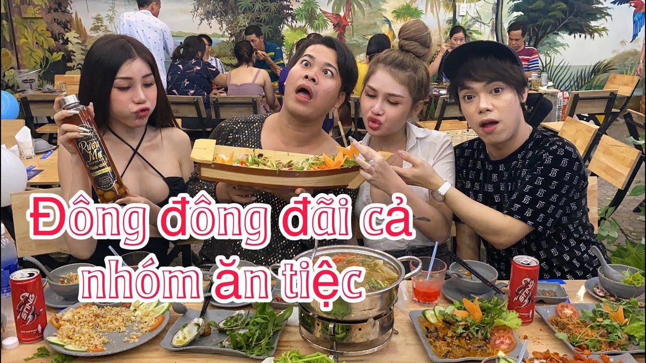 Đông Đông đi show được mấy trăm ngàn đãi cả nhóm ăn xả láng