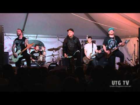 UTG TV: Emmure - Drug Dealer Friend (Live @ SXSW) (1080p HD)