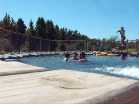 Construcci n de piscinas y jardines youtube - Fotos de piscinas y jardines ...