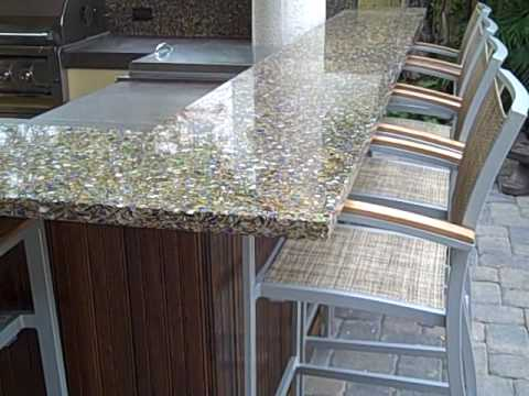 Great Outdoor Kitchen With Verrazo Glass And Concrete